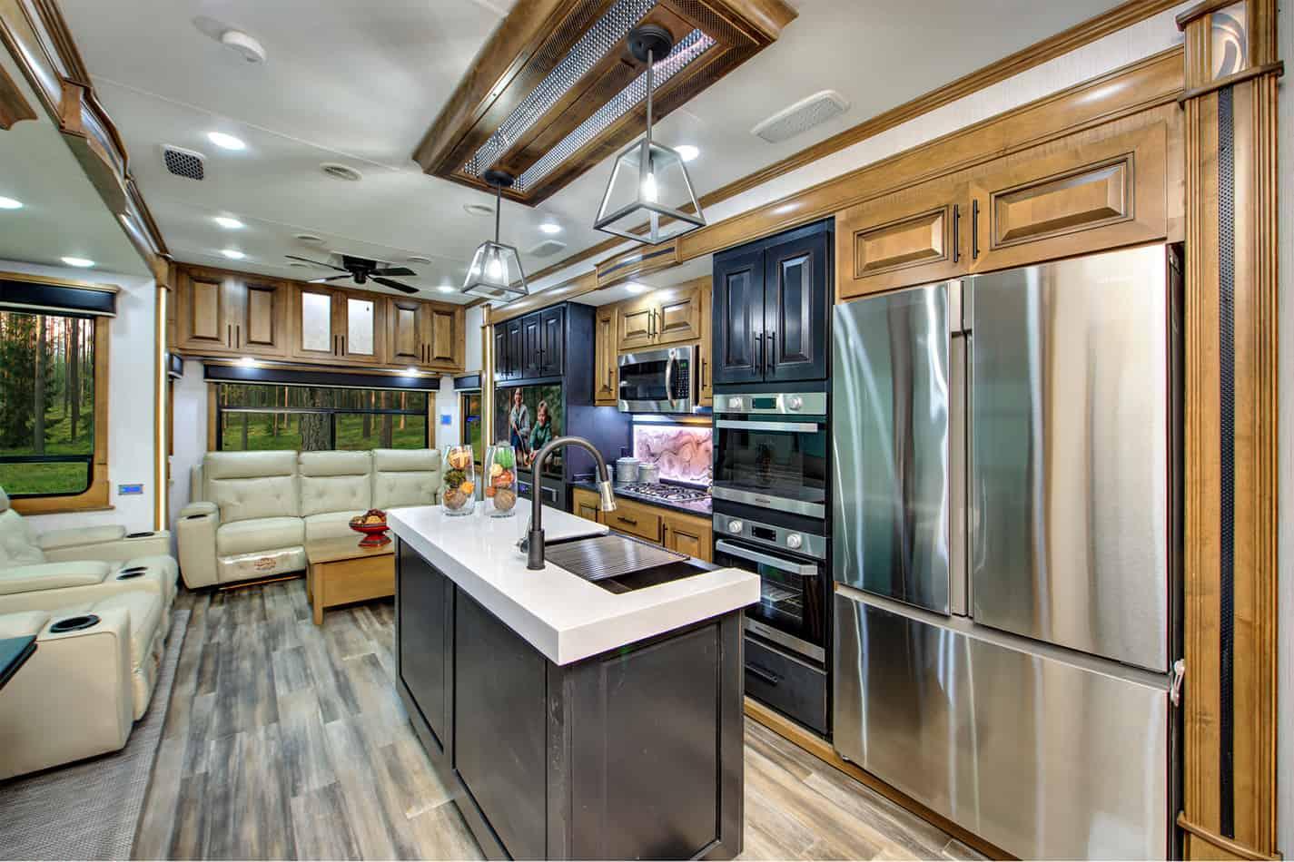 Full-size kitchen in the Landmark Newport.