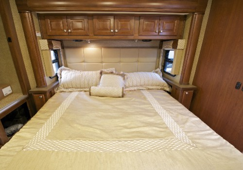 Trailers with queen bedroom